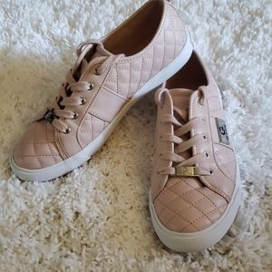 Guess sneakers. Light pink
